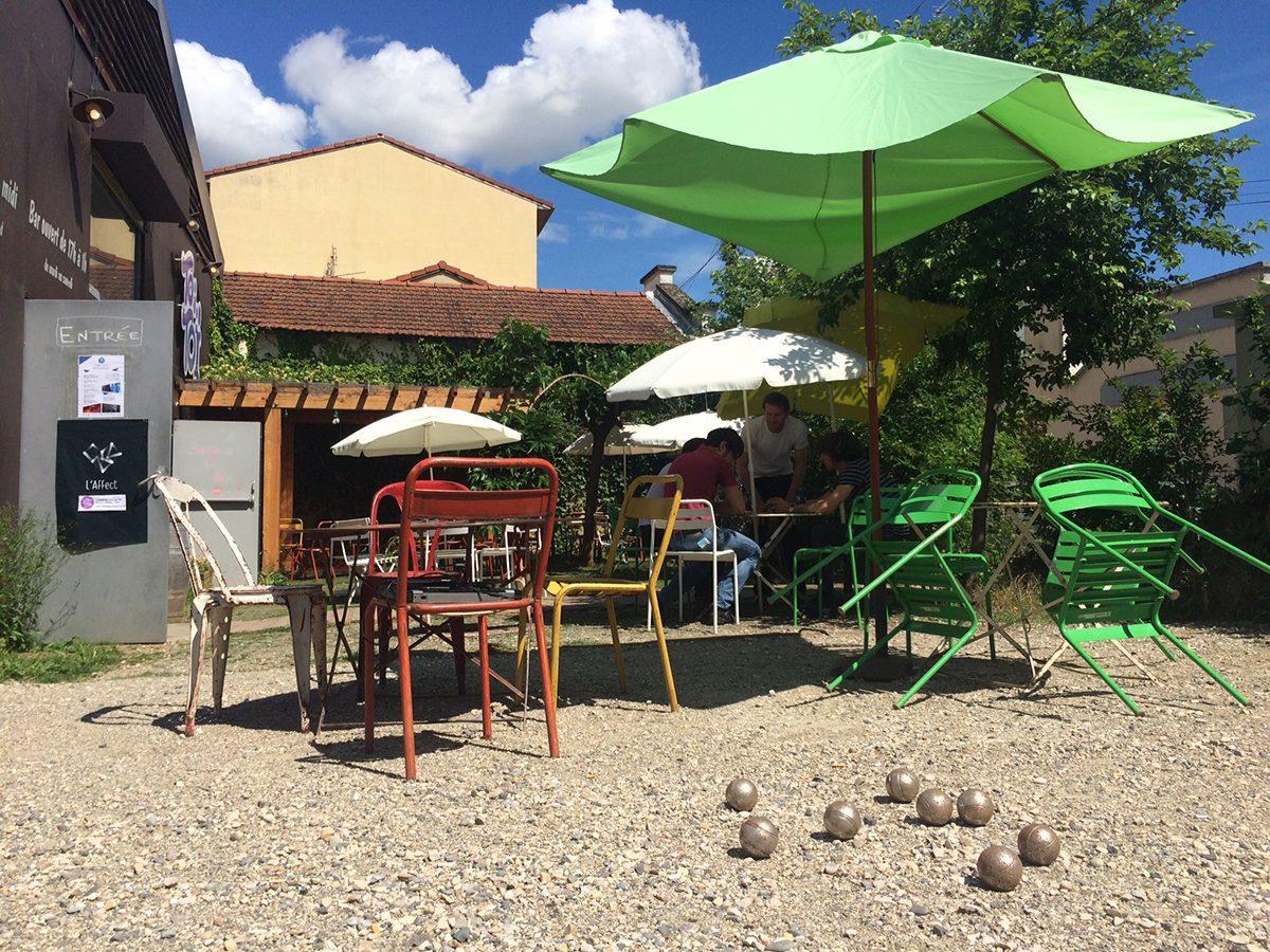 Bar-terrasse-petanque - Toï Toï Le Zinc