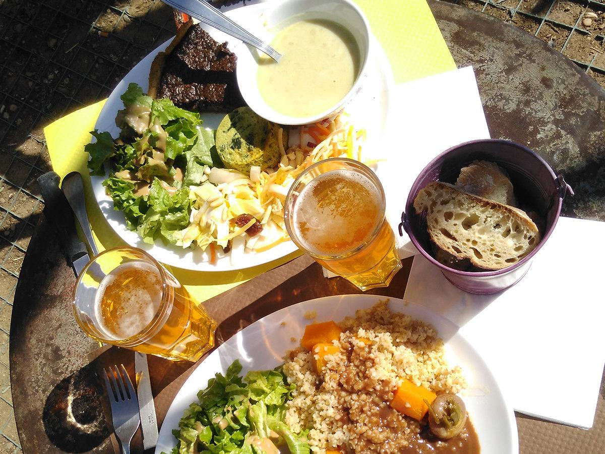 Restaurant-terrasse- Toï Toï Le Zinc